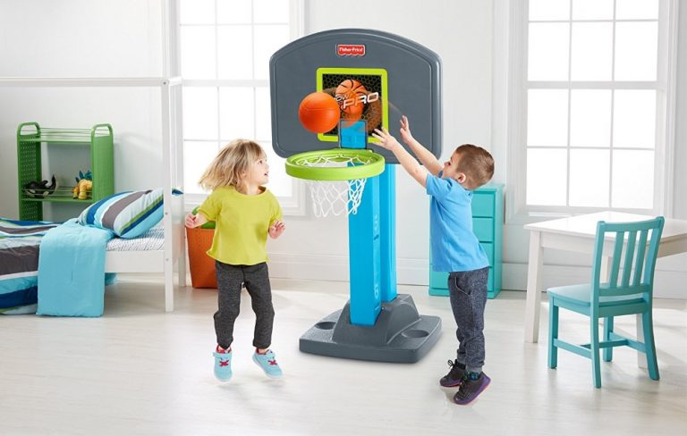 16 Best Basketball Hoops for Kids (2021 Reviews)